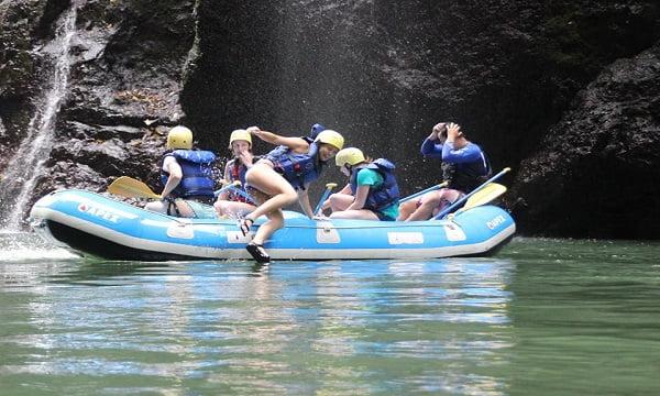 whitewater-rafting tour