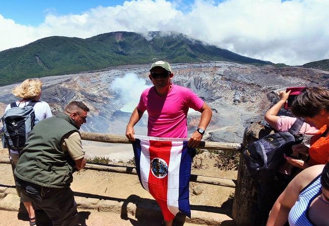 volcano-poas