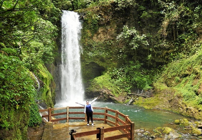 La-paz-Waterfall-tour