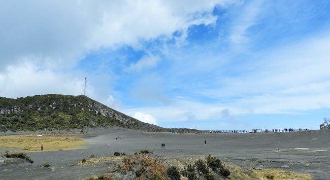 irazu-volcano-san-jose