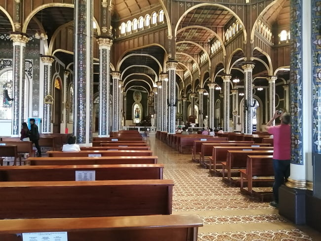 basilica de los angeles costa rica