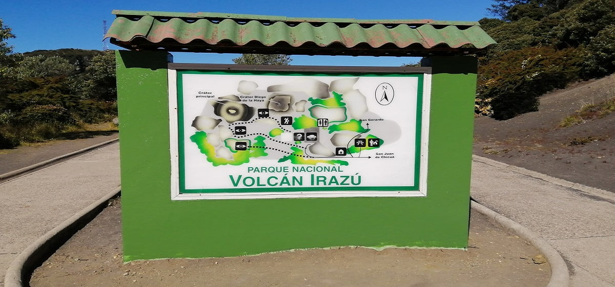 irazu-volcano-trip-