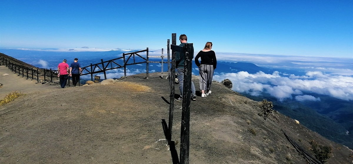 irazu-volcano-trips