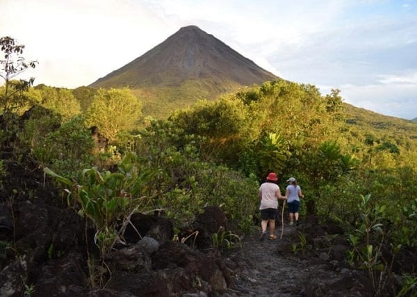hiking-arenal