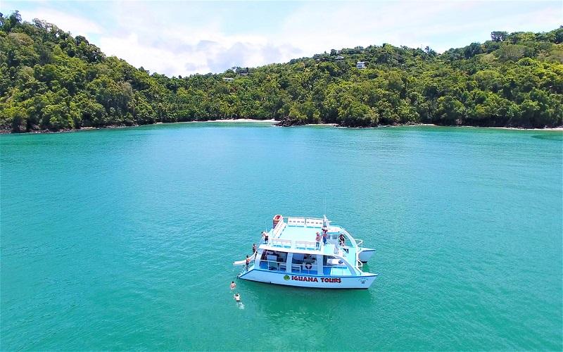 catamaran tour - manuel antonio